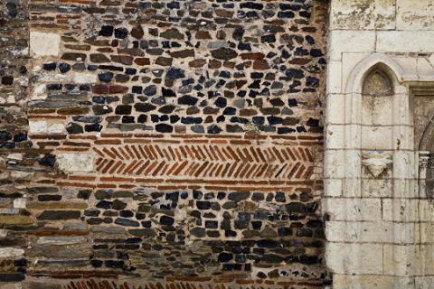 Savennières_détail facade église©J.-P. Berlose