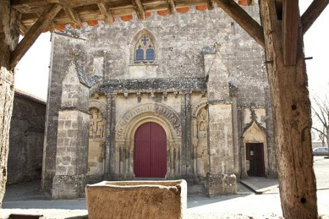 Foussais-Payré_l'église <sup>©</sup>J.-P. Berlose